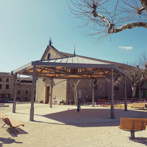 Kiosque en aluminium et bois - Vernoux en Vivarais