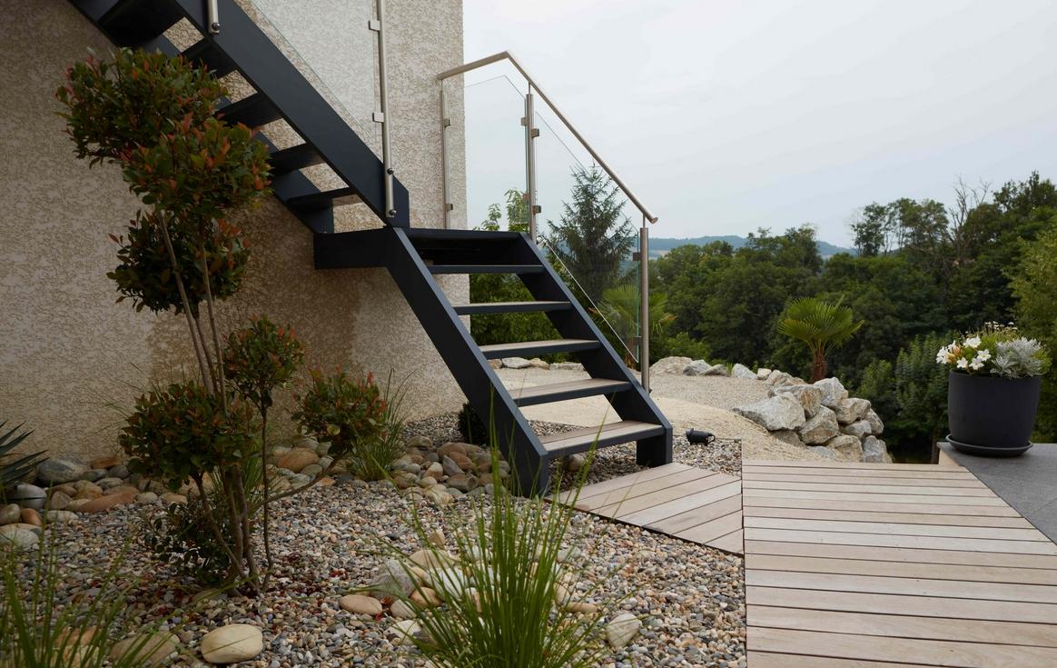 Faire Fabriquer Et Installer Des Escaliers Sg Concept