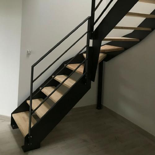 Escalier avec limon latéraux - Drôme