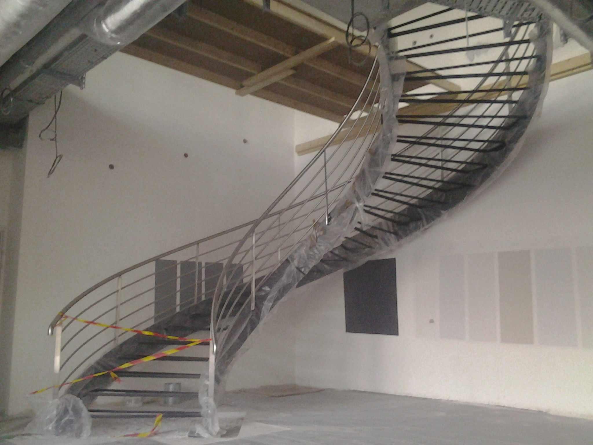 Faire fabriquer et installer des escaliers sg concept - Escalier debillarde ...