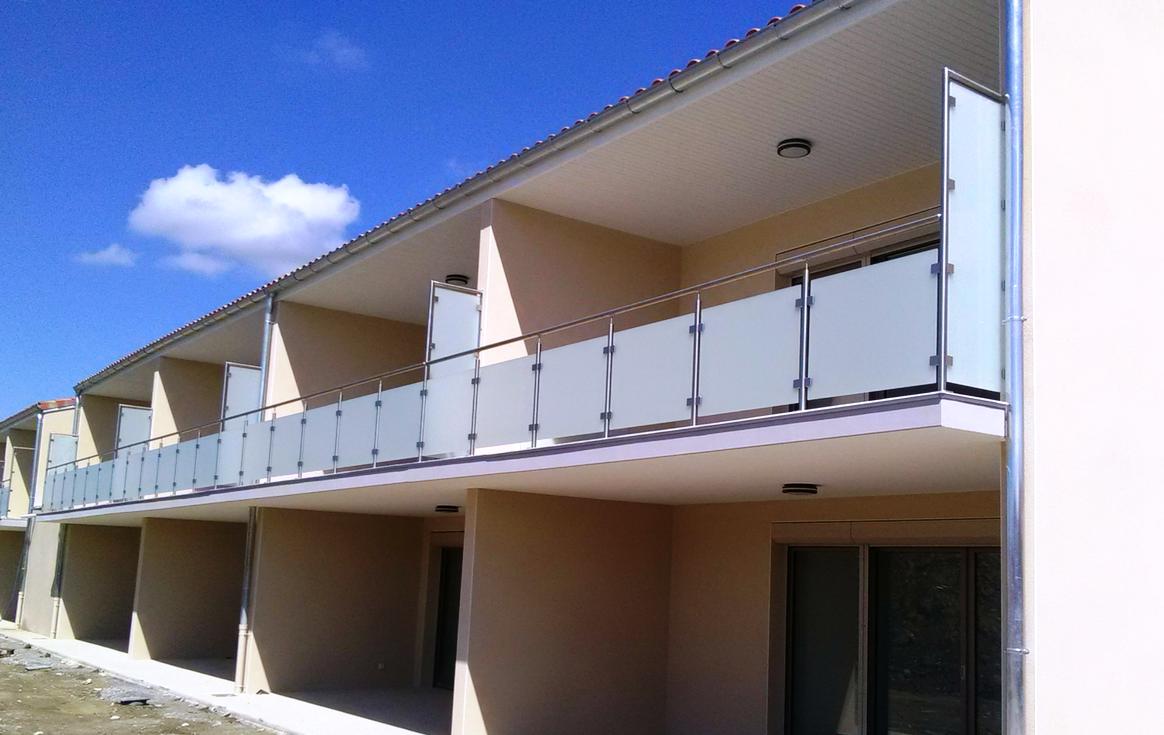 brise vue terrasse en verre finest brise vue terrasse en. Black Bedroom Furniture Sets. Home Design Ideas
