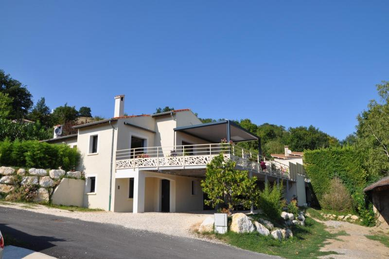 Installation de terrasses dans la Drôme et en Ardèche  SG Concept