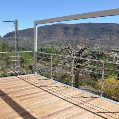 Terrasse en bois et aluminium - Garde-corps en inox