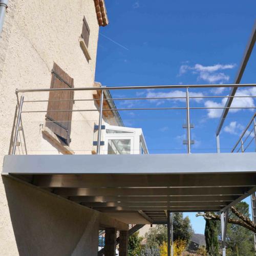 Terrasse sur pilotis en aluminium- Drôme