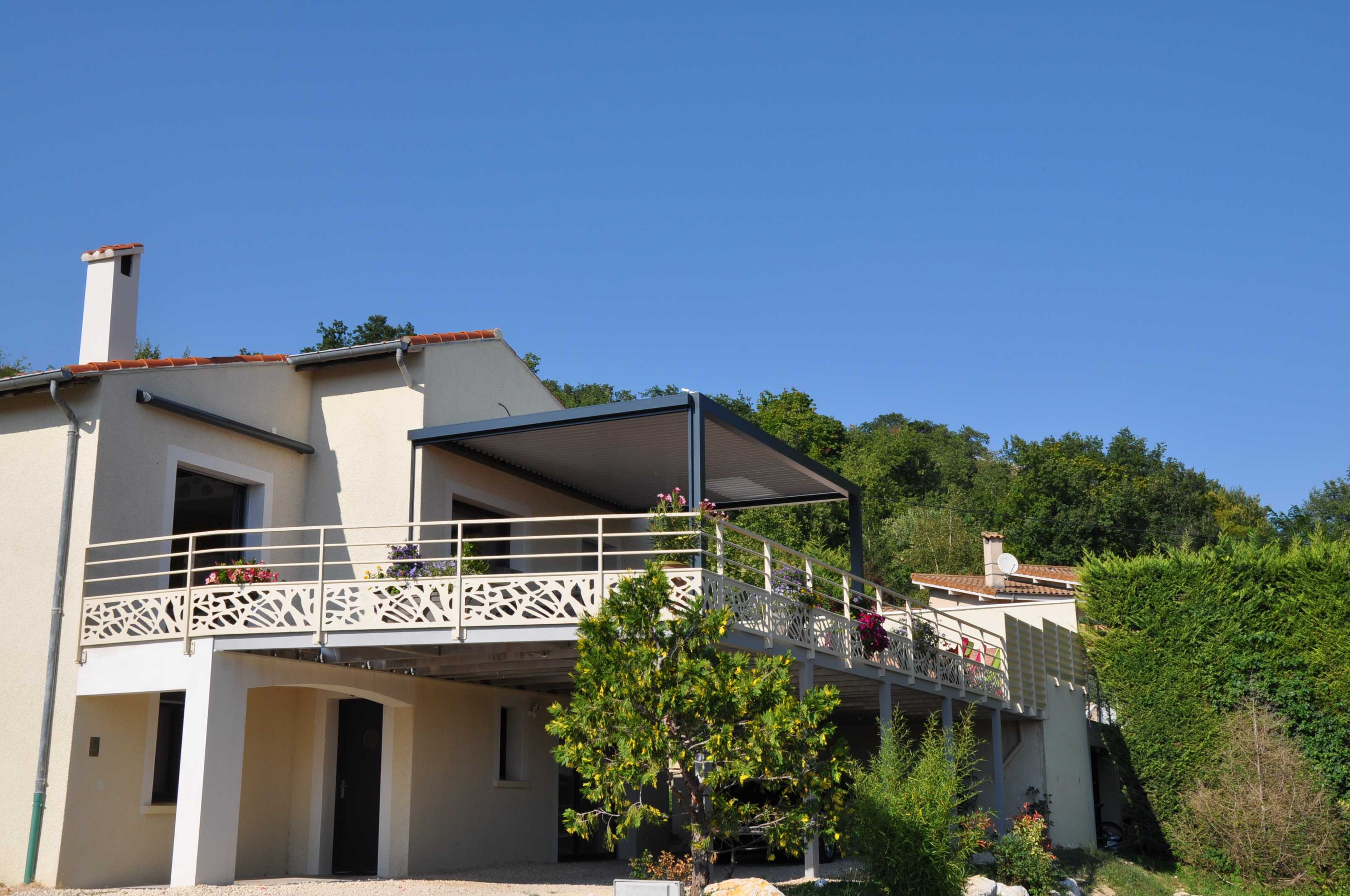 Terrasse Sur Pilotis   Structure Garde Corps Et Brise Vue Aluminium    Option Peinture Qualicoat