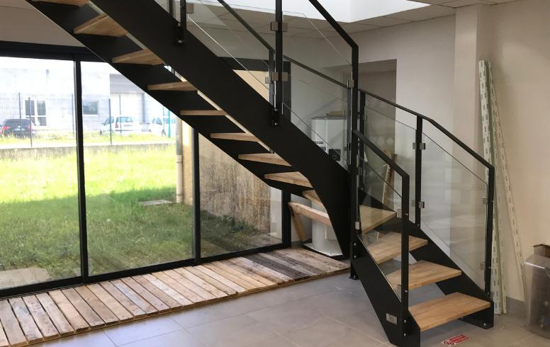 Faire fabriquer et installer des escaliers - SG Concept
